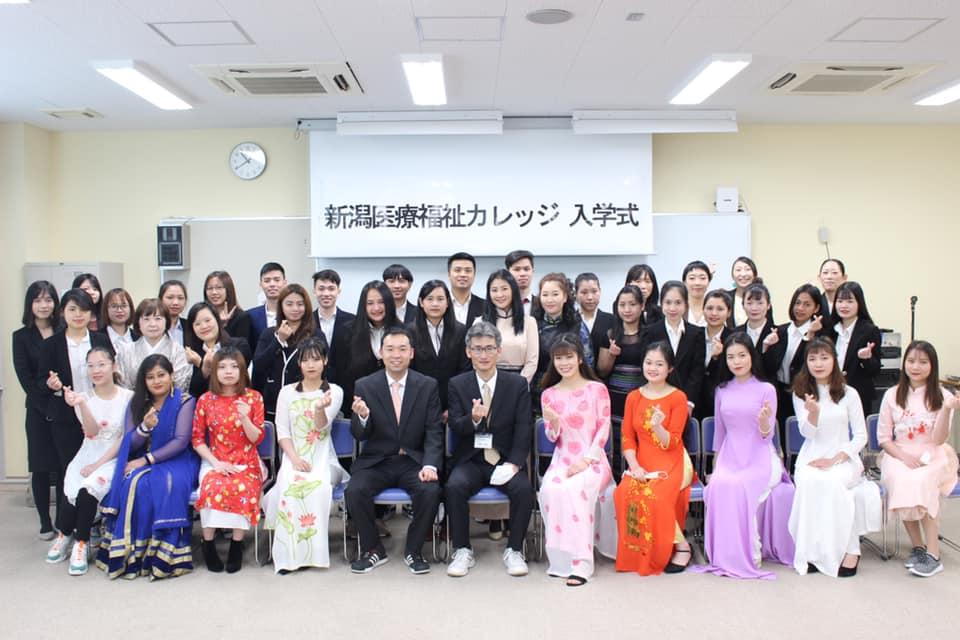 Tất tần tật thông tin về chương trình Du học điều dưỡng của trường cao đẳng phúc lợi y tế Niigata.