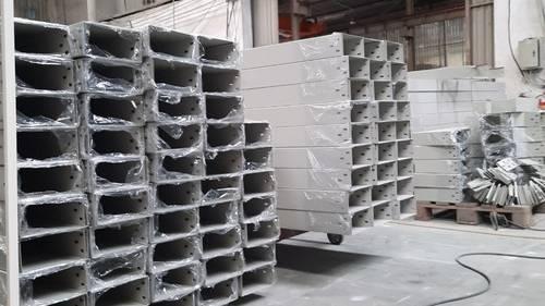 Những lợi ích của thang máng cáp điện khi dùng trong thi công công trình