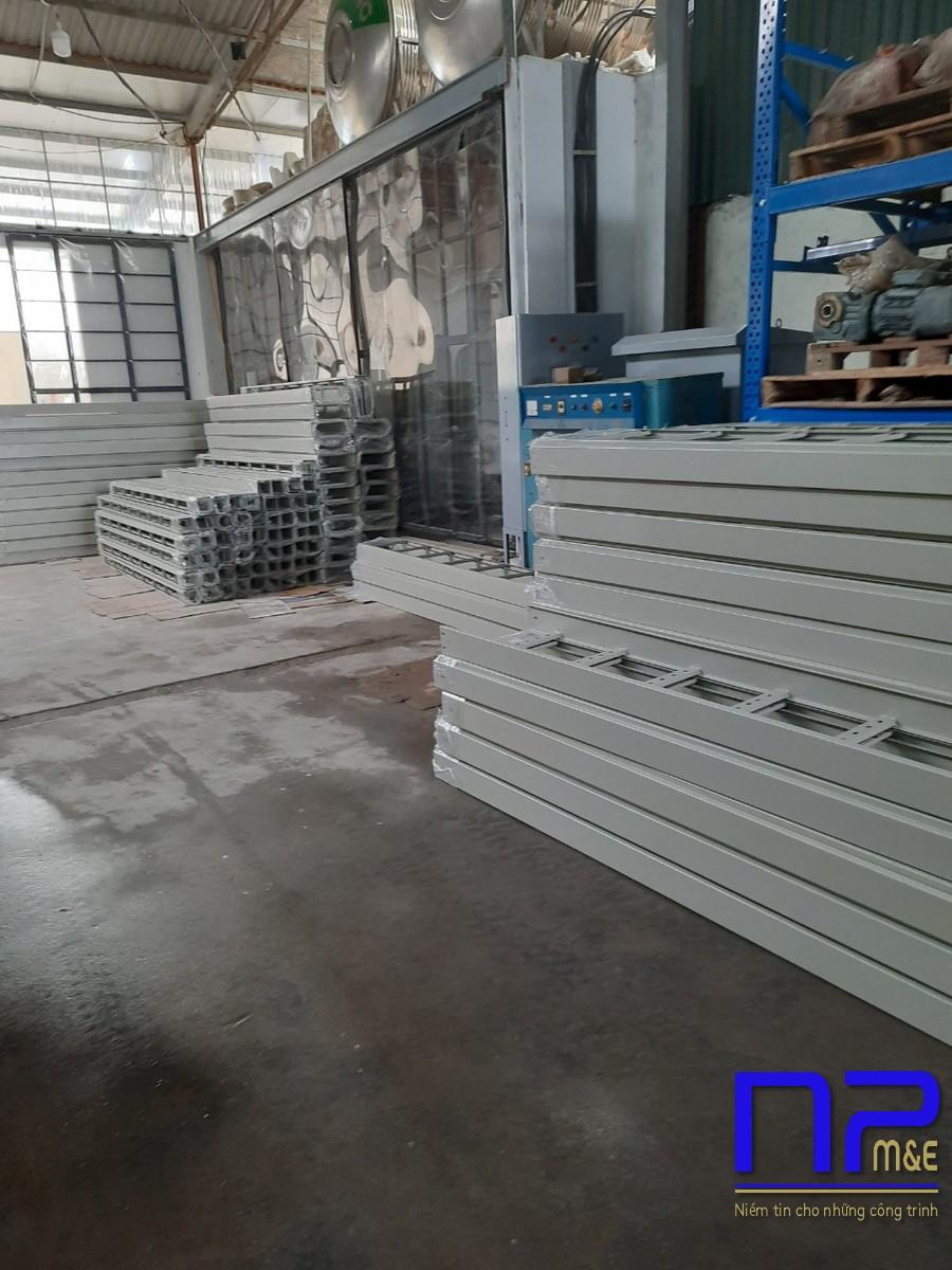 Đơn hàng thang cáp sơn tĩnh điện tại xưởng sơn NP Việt Nam1