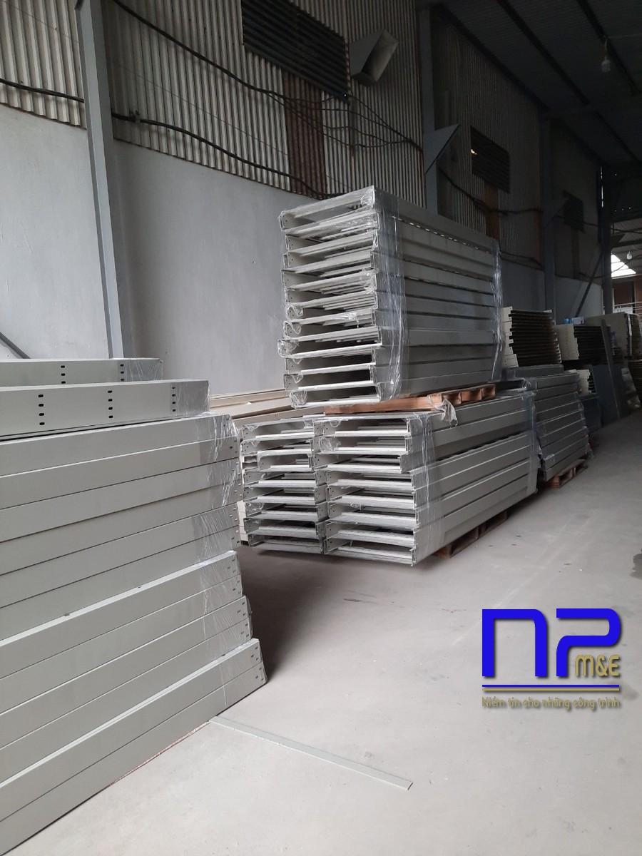 Thang cáp sơn tĩnh điện công trình Bắc Ninh2
