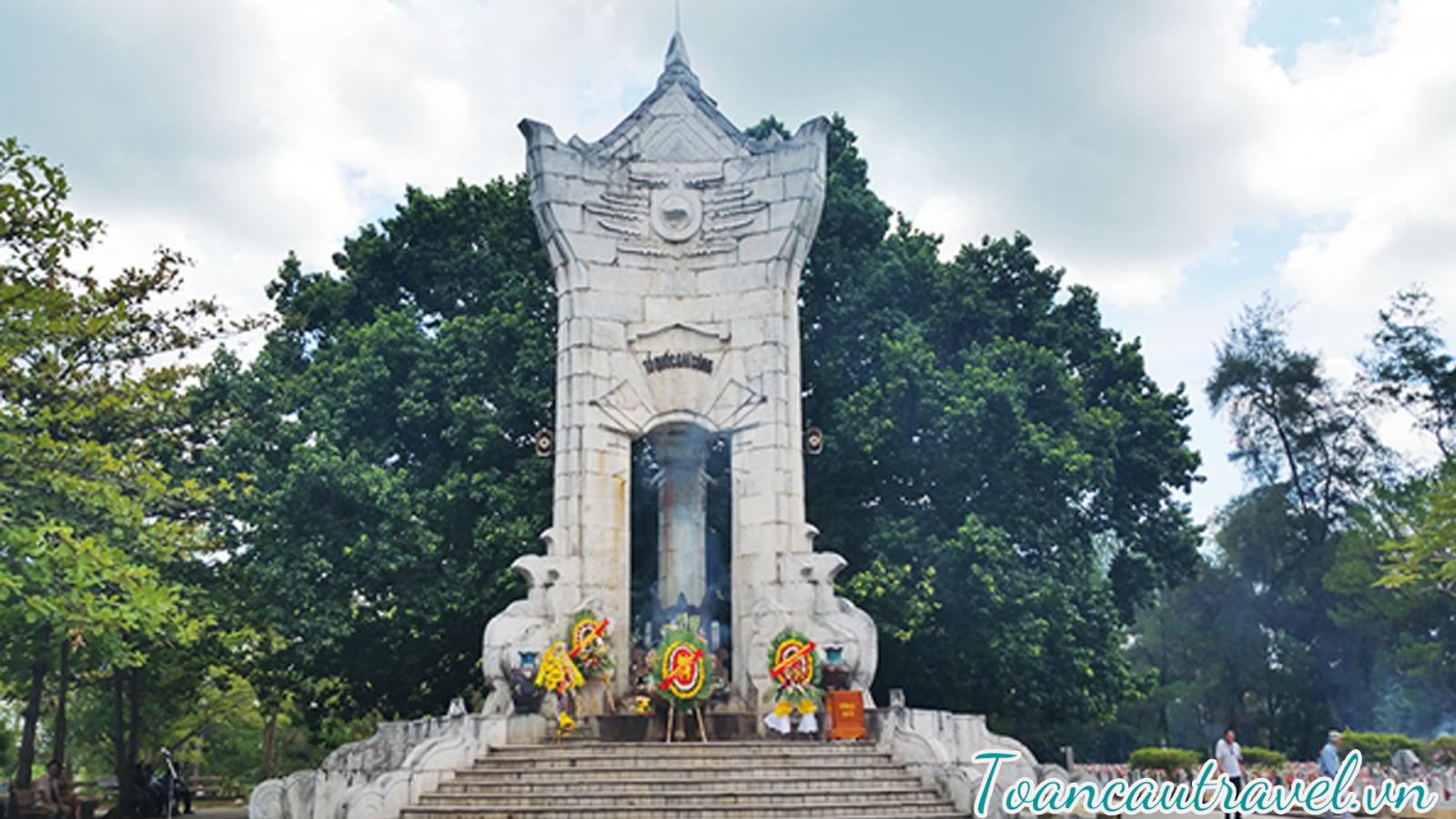 Nghĩa trang Trường Sơn