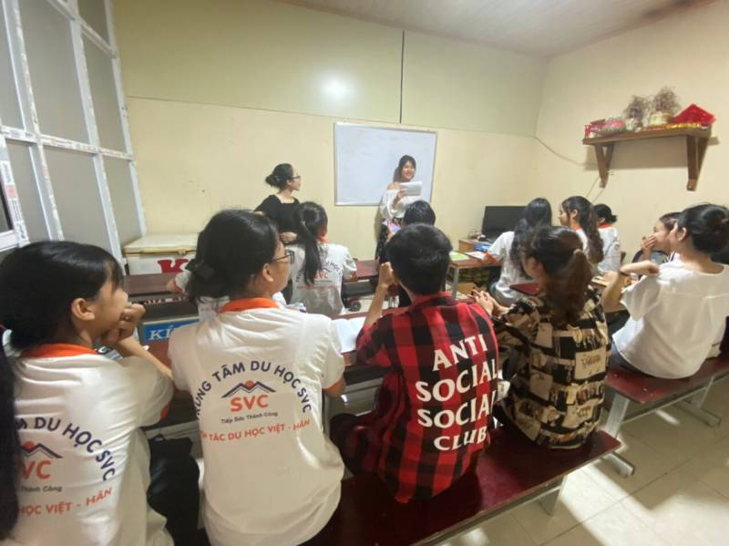 Lớp học trải nghiệm văn hóa Hàn Quốc