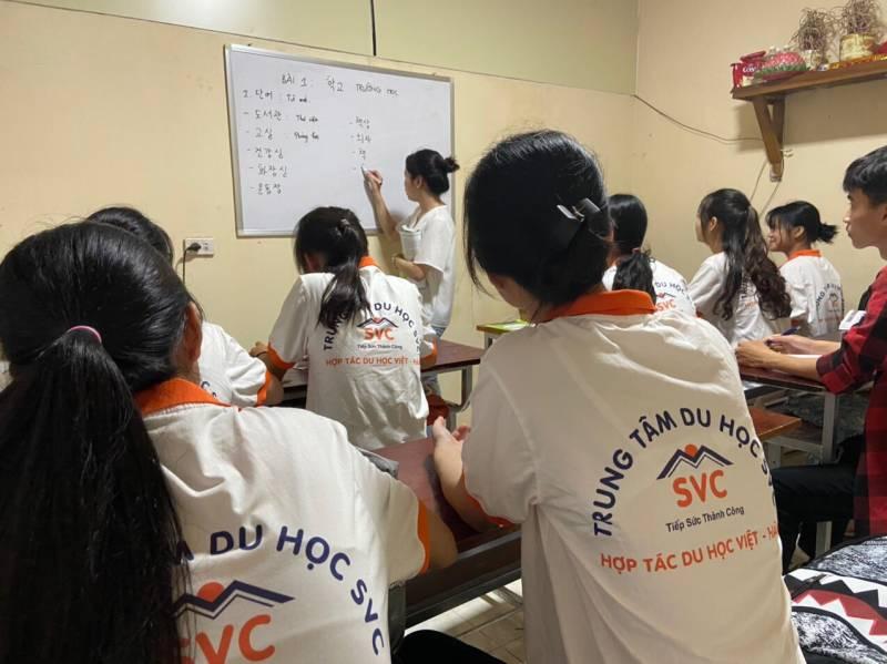 Lớp học ngôn ngữ Hàn Quốc