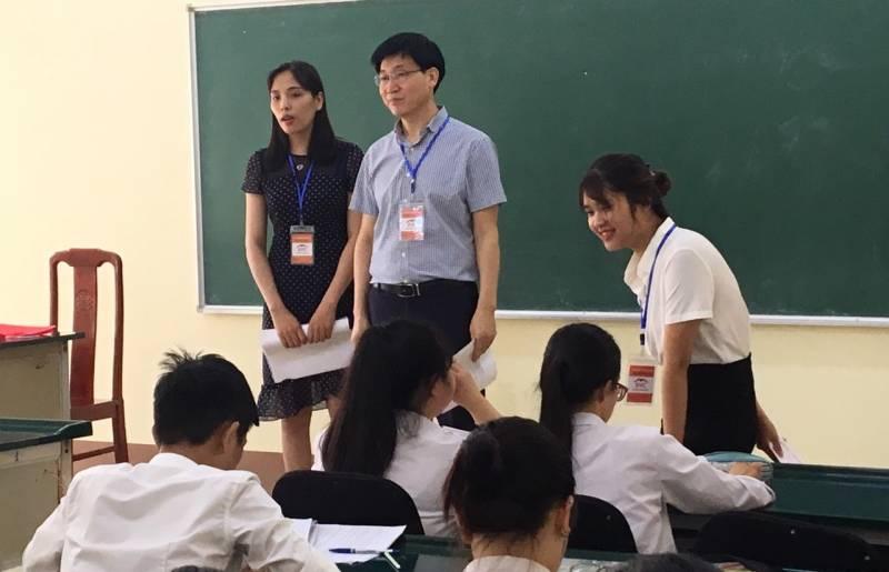 tư vấn buổi tuyển sinh tại THPT Ngô Quyền - Đông Anh Hà Nội