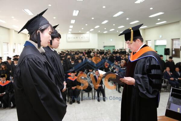 Đào tạo tốt nghiệp tại Korea Lift College