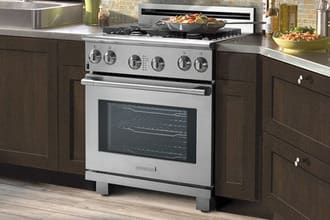 Sản phẩm bếp điện liền lò nướng dùng để nấu nướng