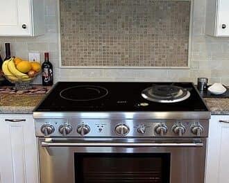 Bếp từ kết hợp bếp gas kèm cả lò nướng hiện đại