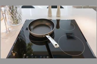 Bếp từ bị mất nguồn bật không có điện không chạy