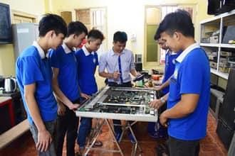 Địa chỉ chuyên sửa bếp từ bịlỗi e5 uy tín ở Hà Nội