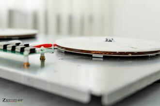 Nguyên lý hoạt động của bếp từ là cảm ứng điện từ