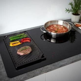 Nướng đồ ăn trên bếp hồng ngoại cho gia đình