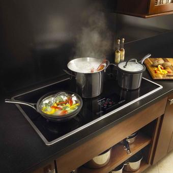 Sửa bếp điện từ frico do bị ẩm mạch, hỏng main