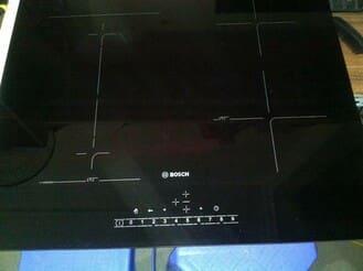 Sửa bếp từ Boshc 4 vùng nấu không nhận nồi