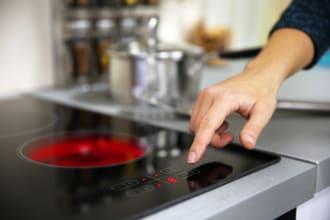 Cơ sở sửa bếp từ giovani làm việc liên tục 24/7