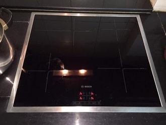 Tự sửa lỗi bếp từ boschbáo lỗi trên màn hình