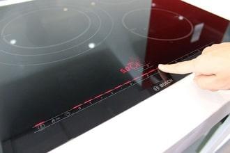 Sửa bếp từ Bosch Châu Âu báo lỗi e9 tận nhà