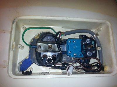 Thợ sửa bình nóng lạnh Panasonic tại nhà 24/7, Chỉ 15p là Có