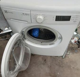 Sửa máy giặtelectrolux lỗi E66 tiết kiệm thời gian, chi phí