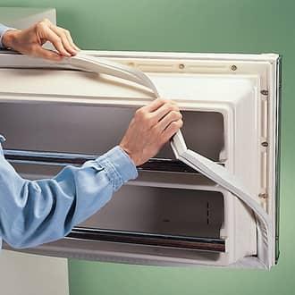 Tủ lạnh bị chảy nước do hở zoăng cửa