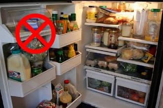 Tủ lạnh bị đổ mồ hôi do quá nhiều đồ bên trong