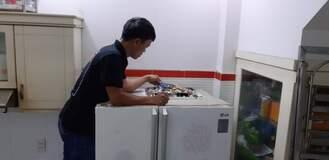 Thợ sửa tủ lạnh side by side không làm đá 24/7
