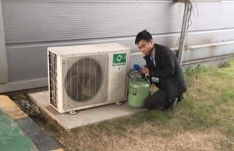 Lắp điều hòa có cần hút chân không nạp gas không