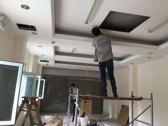 Lắp điều hòa âm trần nối ống gió cho nhà phố