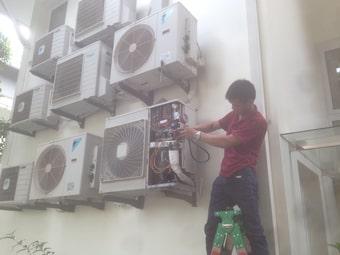 Sửa điều hòa tại nhà tiết kiệm thời gian và chi phí