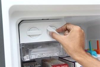 Tủ lạnh chạy không lạnh do vặn sai chế độ làm lạnh